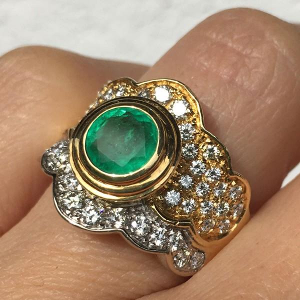 Nobel-Smaragd-Brillant-Ring.750er-Gelbgold