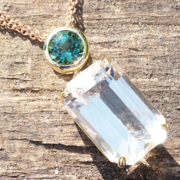 Goshenite Turmalin Pendant....what a color....greenish blue