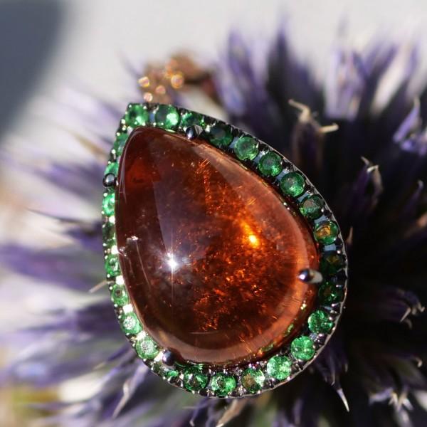 Turmalin Pendant..great Color...green Tsavorith and yellow-pinkish Turmalin and Saphire 18 kt Rosegold