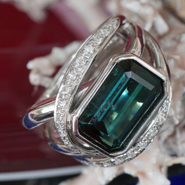 Turmalin Diamant Ring 4.40 ct 0.26 ct KÜHLES GRÜN W / VS 900er Platin