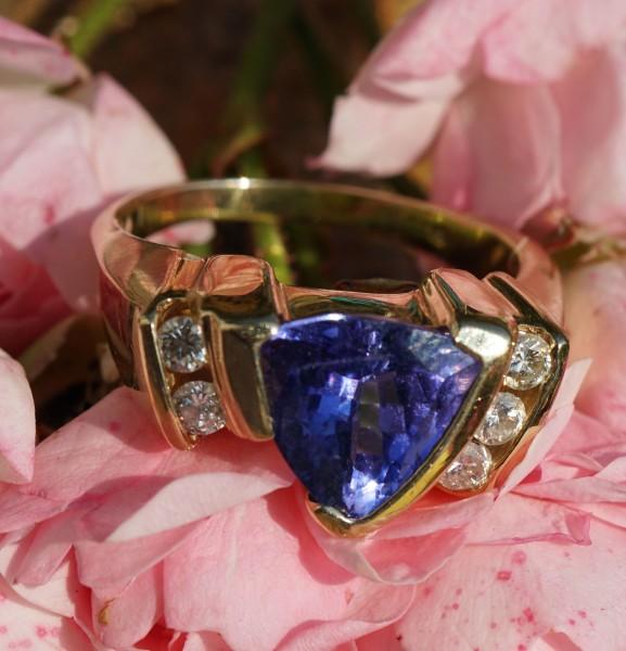 Brillant Tansanit Ring 3 ct 0.40 ct TLB SI 585er Gold Nachlassverwertung