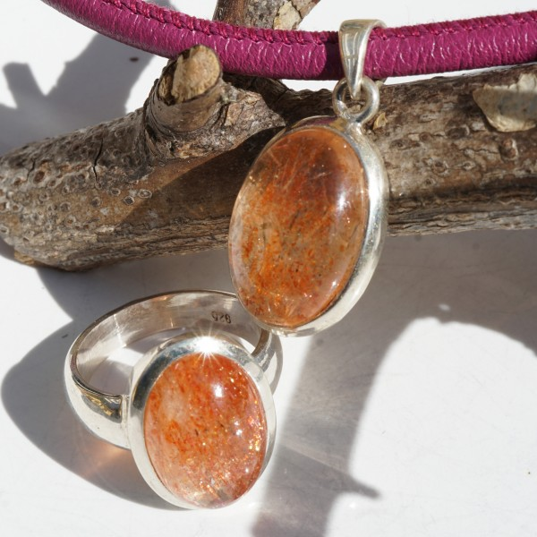 Sunstone cabochon ring 925 silver approx. 19x14 mm in size