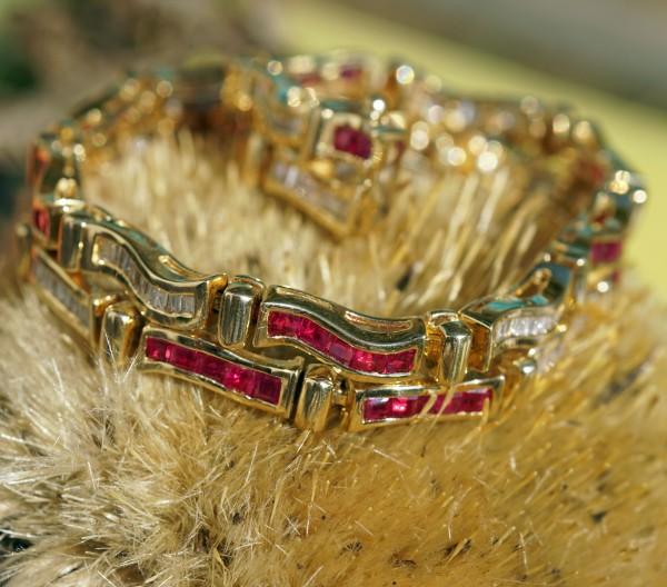 Rubin Diamant Armband 750er Gold 4 ct 2 ct TW-W/VS 17,5 cm Nachlassverwertung