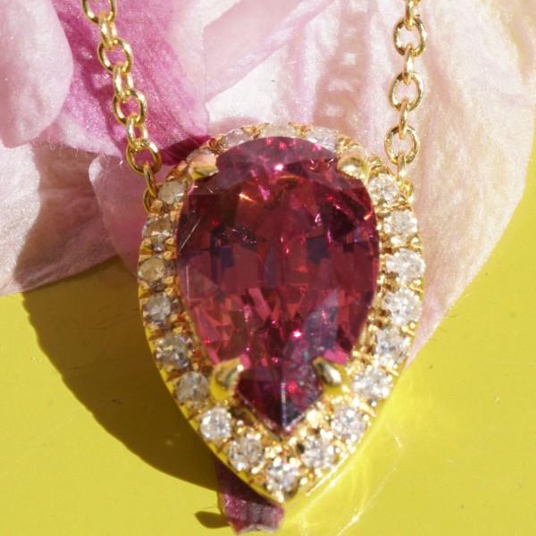 Malaya Granat Diamant Anhänger Mine Madagascar 1.82 ct 0.11 ct AAA+ 750er Gelbgold