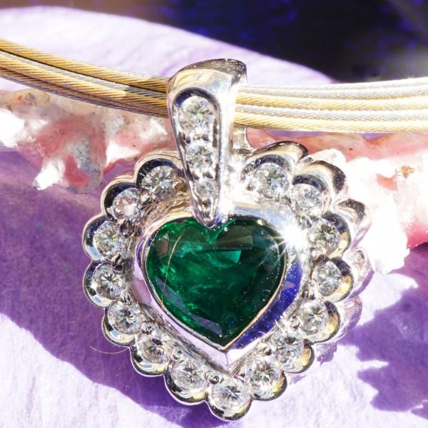 Smaragd Brillant Anhänger Platin 1.41 ct Herzform 0.59 ct AAA Brillanten TW VS