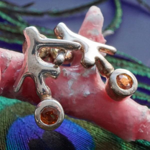 Funkelnde orange Saphire an kleinen Ästchen in Silber 16,5 x 13 mm Handarbeit