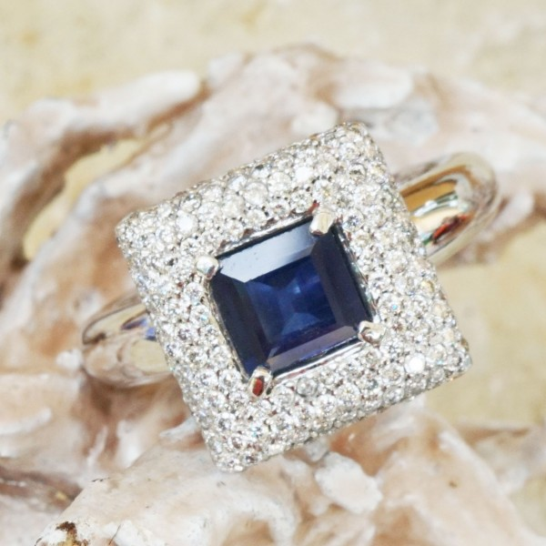 Ring Saphir Brillant 1.10 ct 0.80 ct ROYALBLUE TW VVS 750er Gold Square