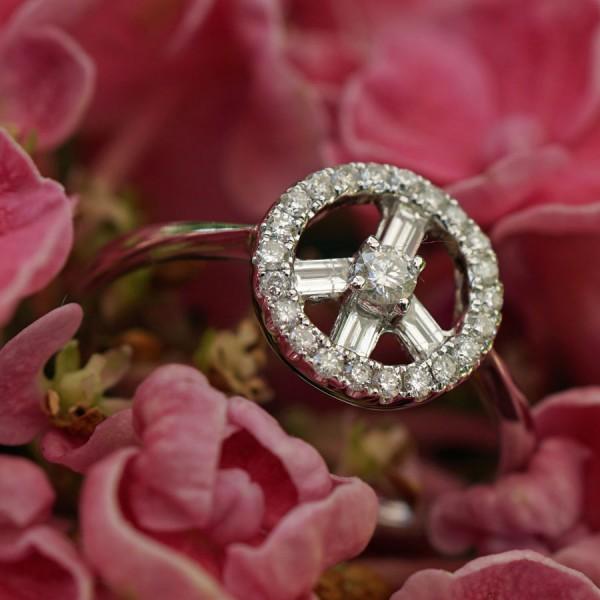 Diamant Brillant Ring 750er Weissgold 0.35 ct...Peace