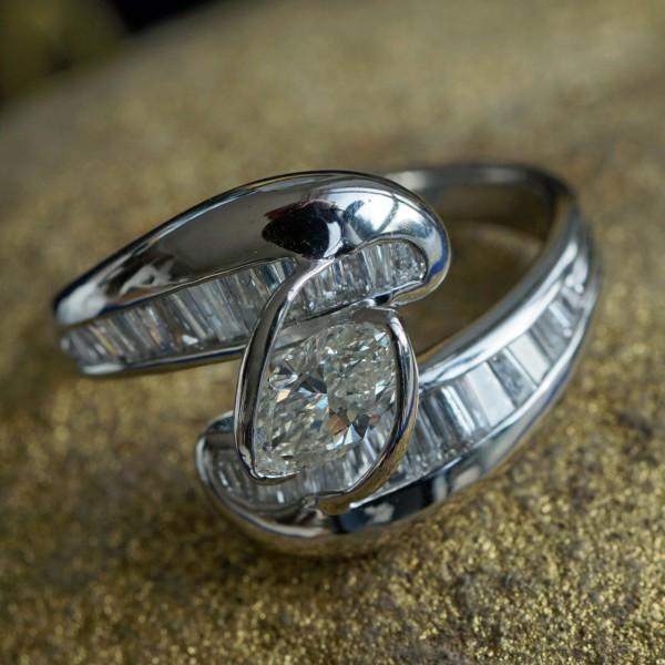 Marquise Diamant Ring in 900er Platin 0.38 ct 0.65 ct Edles Design