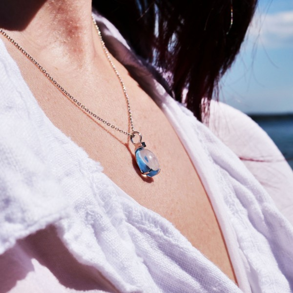 Waterdrop Pendant...soo sweet...with bluetopaz and saphire...made in Italy